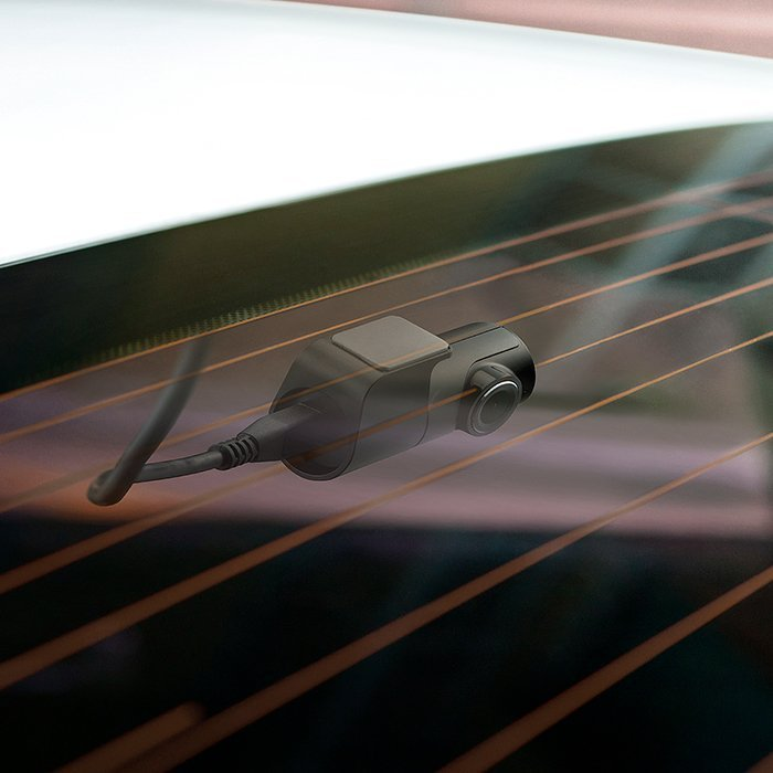 Dash Camera mounted in rear window