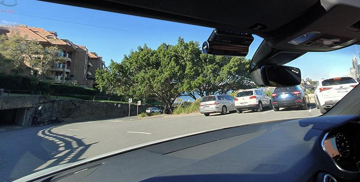 iroad dash cam installed on windshield