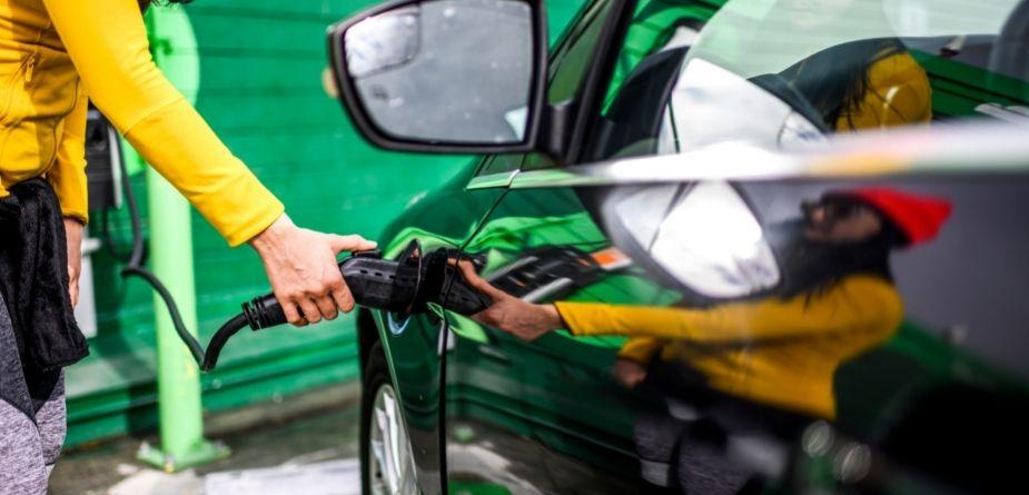 electric vehicle plug in
